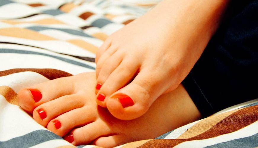 Complete Natural Foot Care Tips