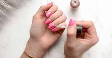 How To Remove Gel Nail Polish Without Nail Damage