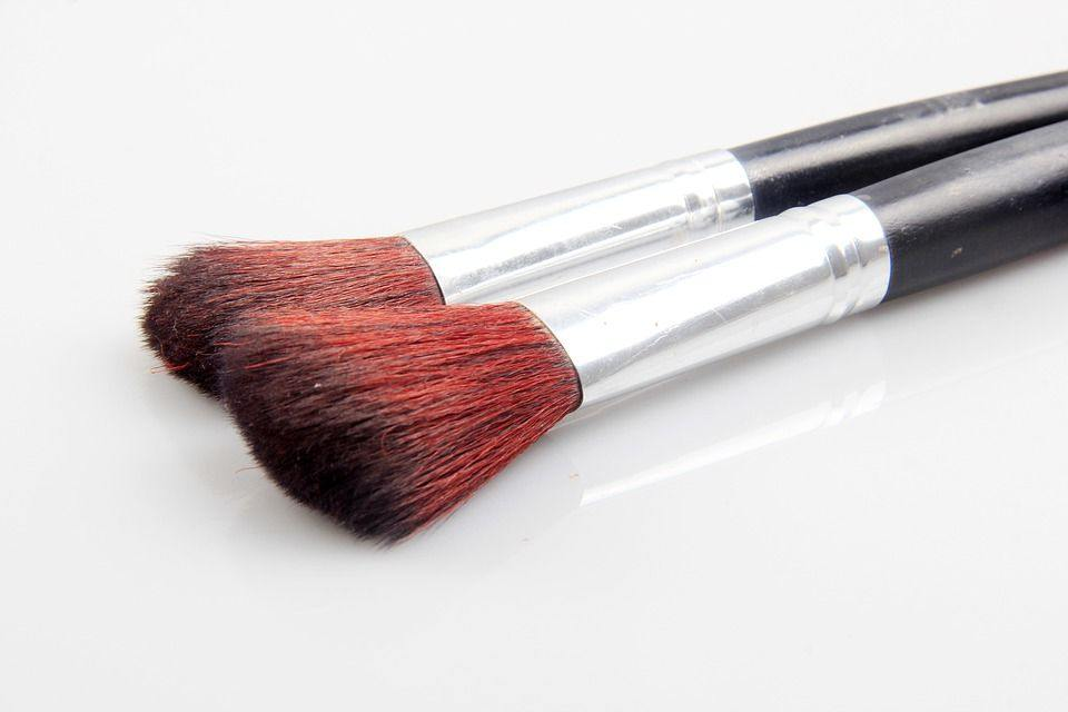 how to choose Right makeup brushes