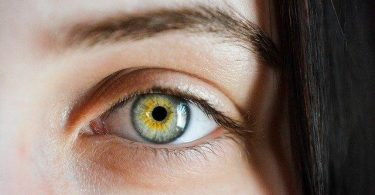 how to change your eye color naturally at home