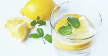 is drinking lemon water bad for your teeth